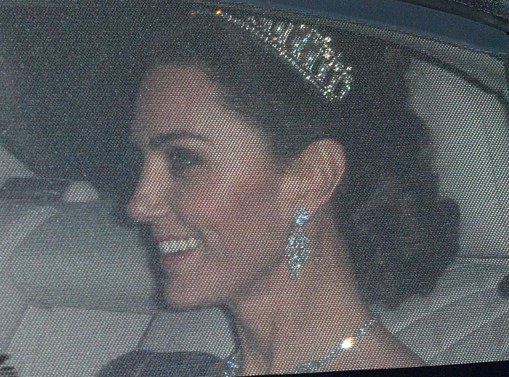 Kate opts for Lover's Knot tiara at evening reception
