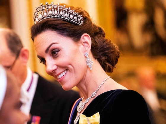 Kate Middleton Sparkles in Iconic Lover's Knot Tiara at Buckingham Palace Reception