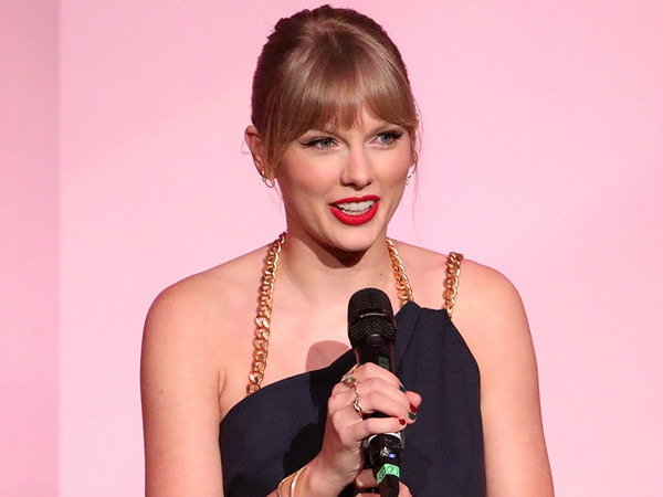Taylor Swift Demands an End to the Music World's ''Toxic Male Privilege'' in Provocative Speech