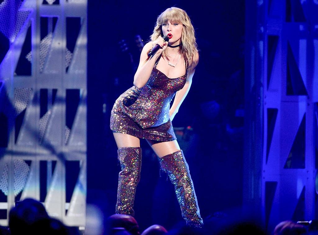 Taylor Swift, 30th Birthday, Jingle Ball