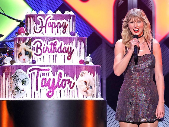 Taylor Swift Rings in Her 30th Birthday With Fan-Favorite Performance