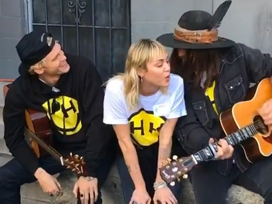 Miley Cyrus Performs ''Old Town Road'' With Cody Simpson and Dad Billy Ray Cyrus
