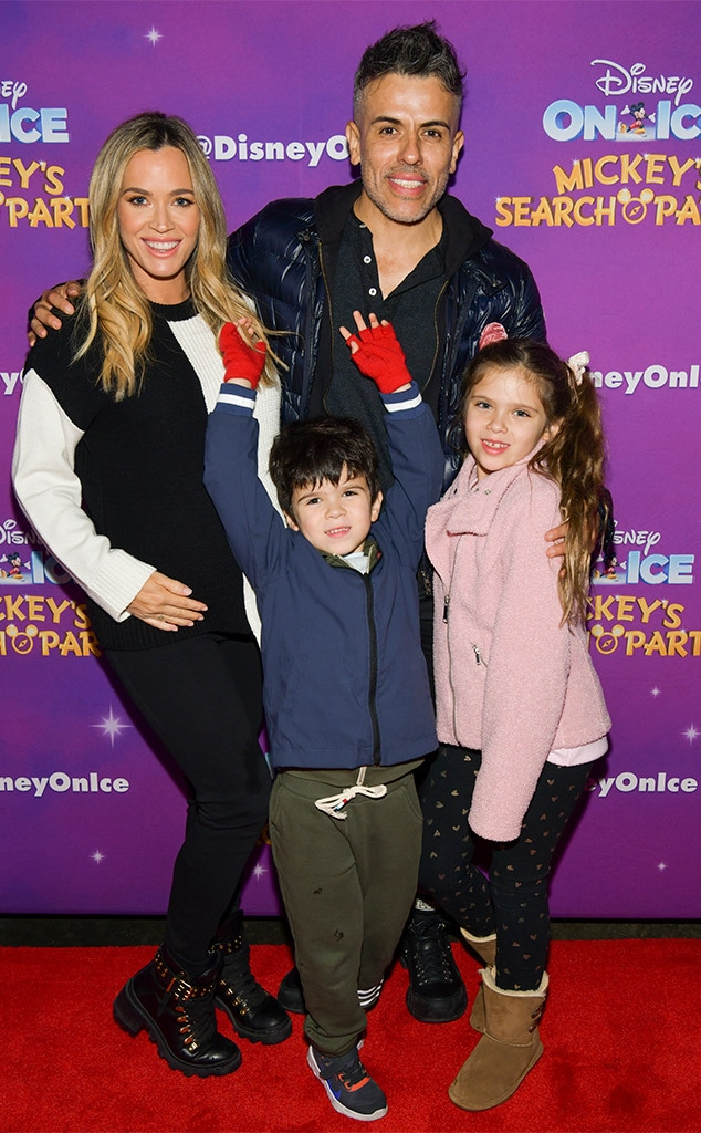 Disney On Ice, Teddi Mellencamp, Cruz Arroyave, Edwin Arroyave, Slate Arroyave