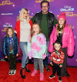 Disney On Ice, Tori Spelling, Dean McDermott, Finn, Hattie, Beau, Stella