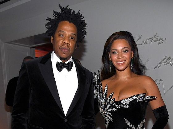 """Beyoncé Dazzles in Black and Silver at Sean """"Diddy"""" Combs' 50th Birthday Party"""