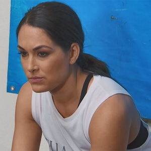 Brie Bella Total Bellas 405