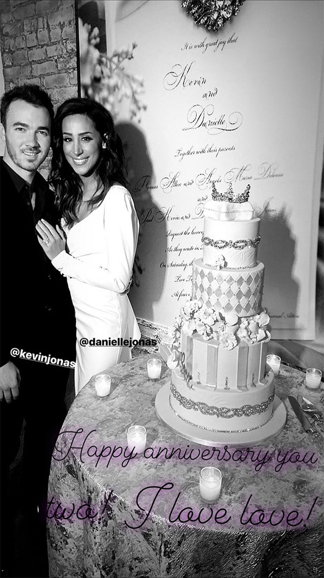Inside Kevin And Danielle Jonas 10 Year Wedding Anniversary Party
