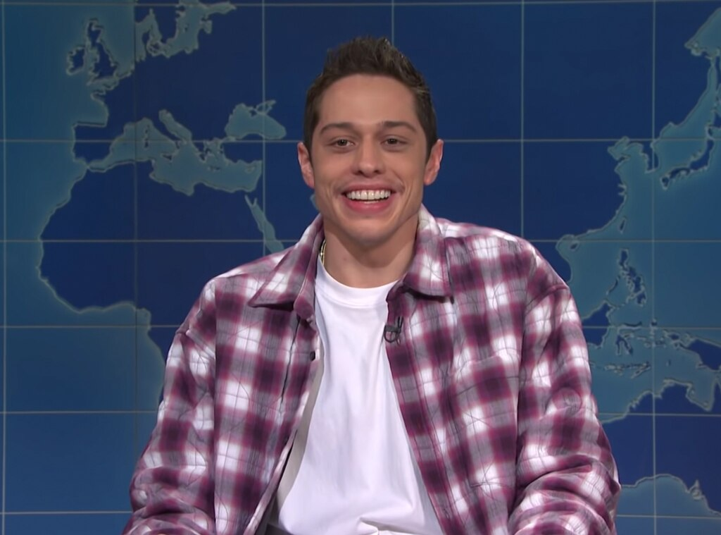 Pete Davidson jokes about dating famous women on 'Saturday Night Live'