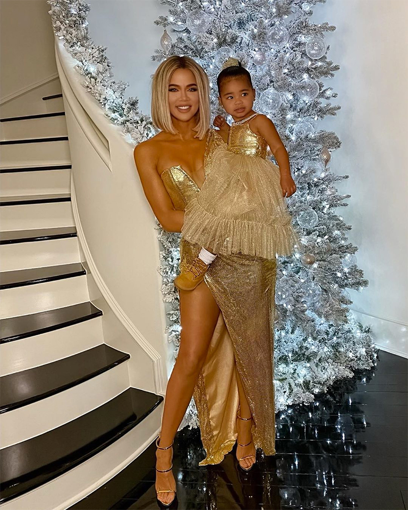 Kardashian Christmas Picture 2020 Khloe Kardashian Weighs In on a Family Christmas Party Amid COVID
