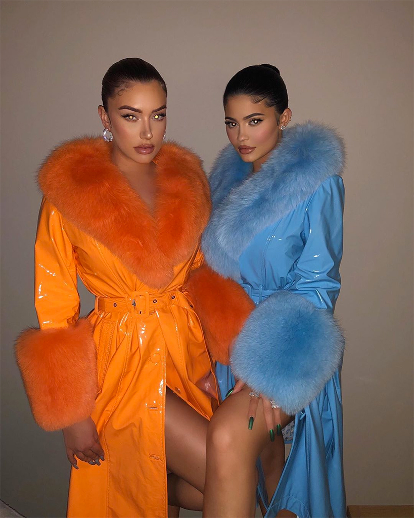 Kylie Jenner 2020 Christmas Photos Kylie Jenner and Stassie Are Seriously Twinning With ''2020 Energy