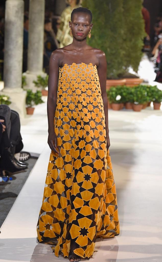 Oscar De La Renta - Runway - February 2019 - New York Fashion Week
