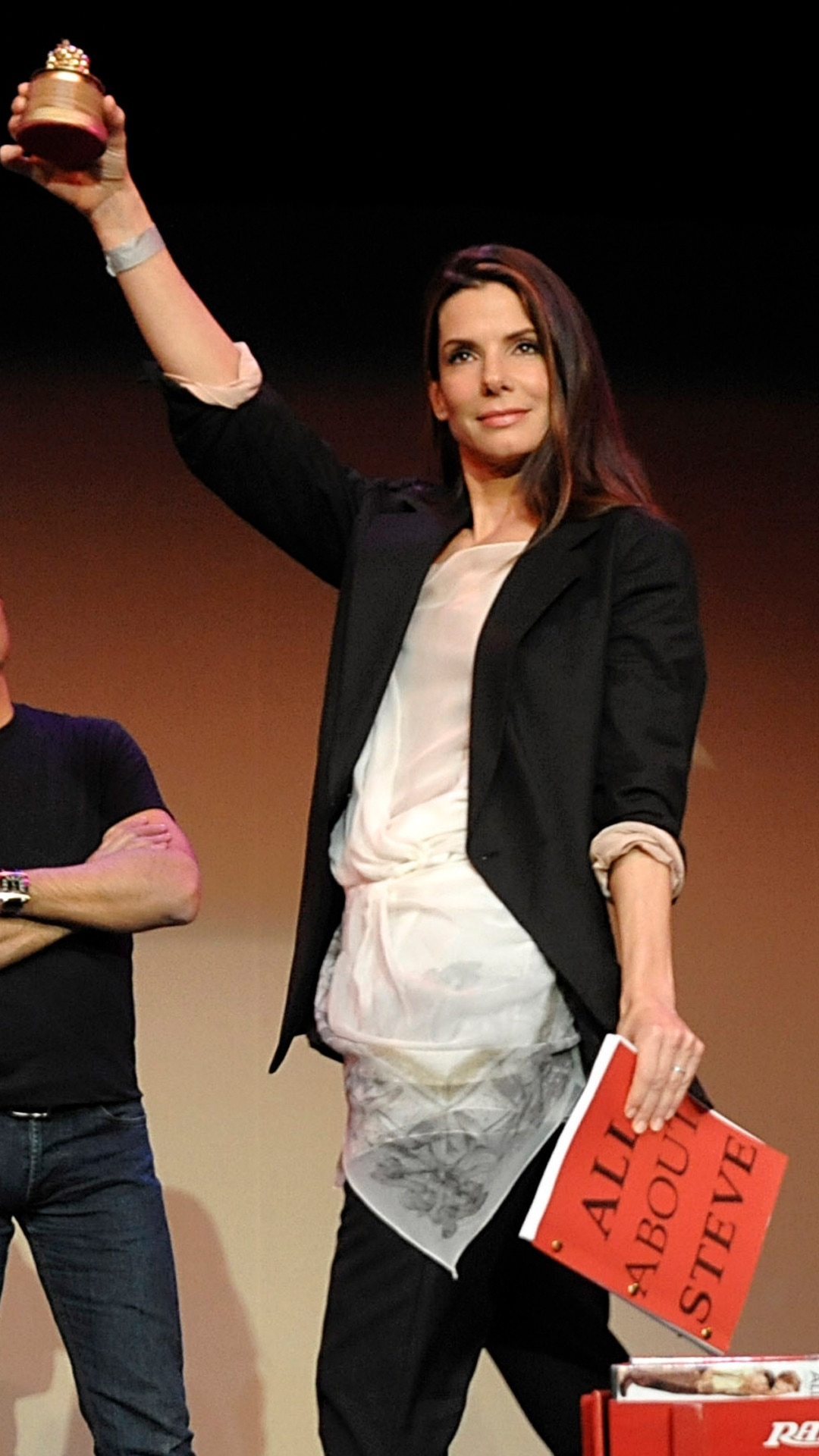 Sandra Bullock, 2010 -  One of Hollywood's most beloved actresseswent in person to accept her awards for Worst Actress and Worst Screen Couple for her performance in the film All About Steve. One night later,shewent on to win an Oscar for Best Actressthanks to her role in The Blind Side.