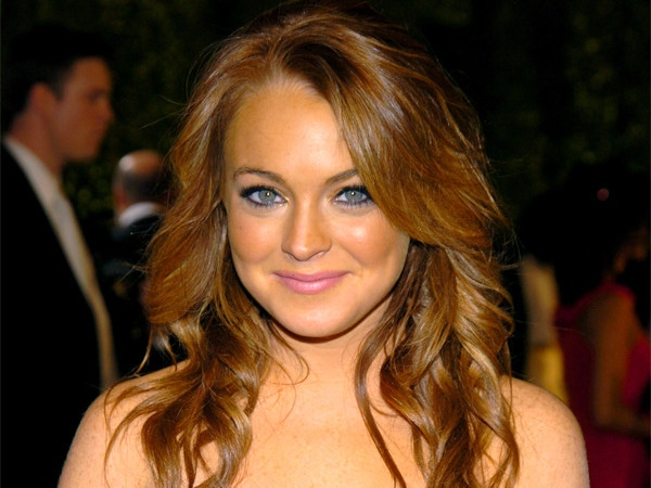 Remember When Lindsay Lohan Was a Pop Star?