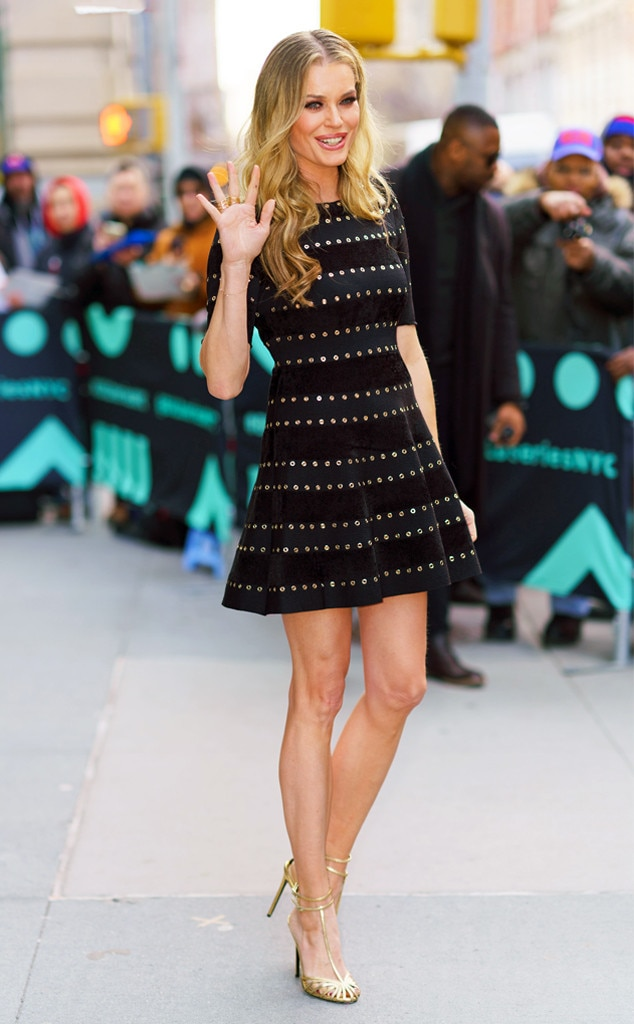 Rebecca Romijn -  Legs for days!