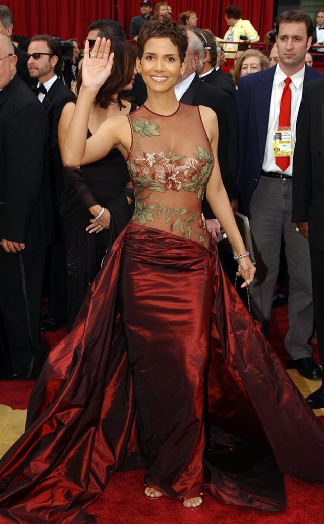 Halle Berry, Academy Awards, Oscars 2002, Best Dresses