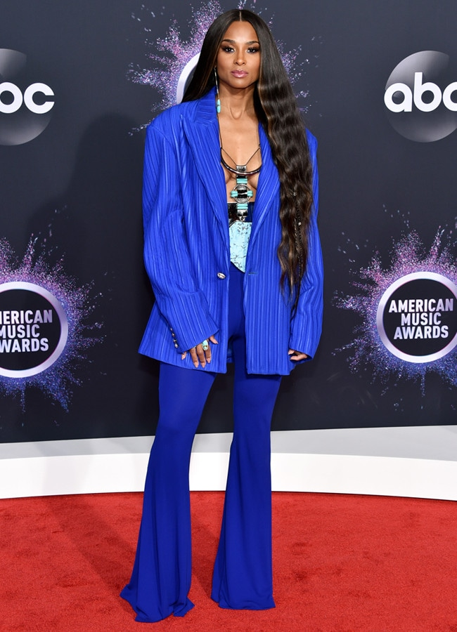 Ciara, 2019 American Music Awards, Red Carpet Fashion