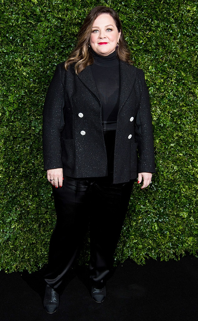 Menswear Inspired -  At the Charles Finch & Chanel pre-BAFTAs Dinner, the comedian selected a black blazer and matching pants.
