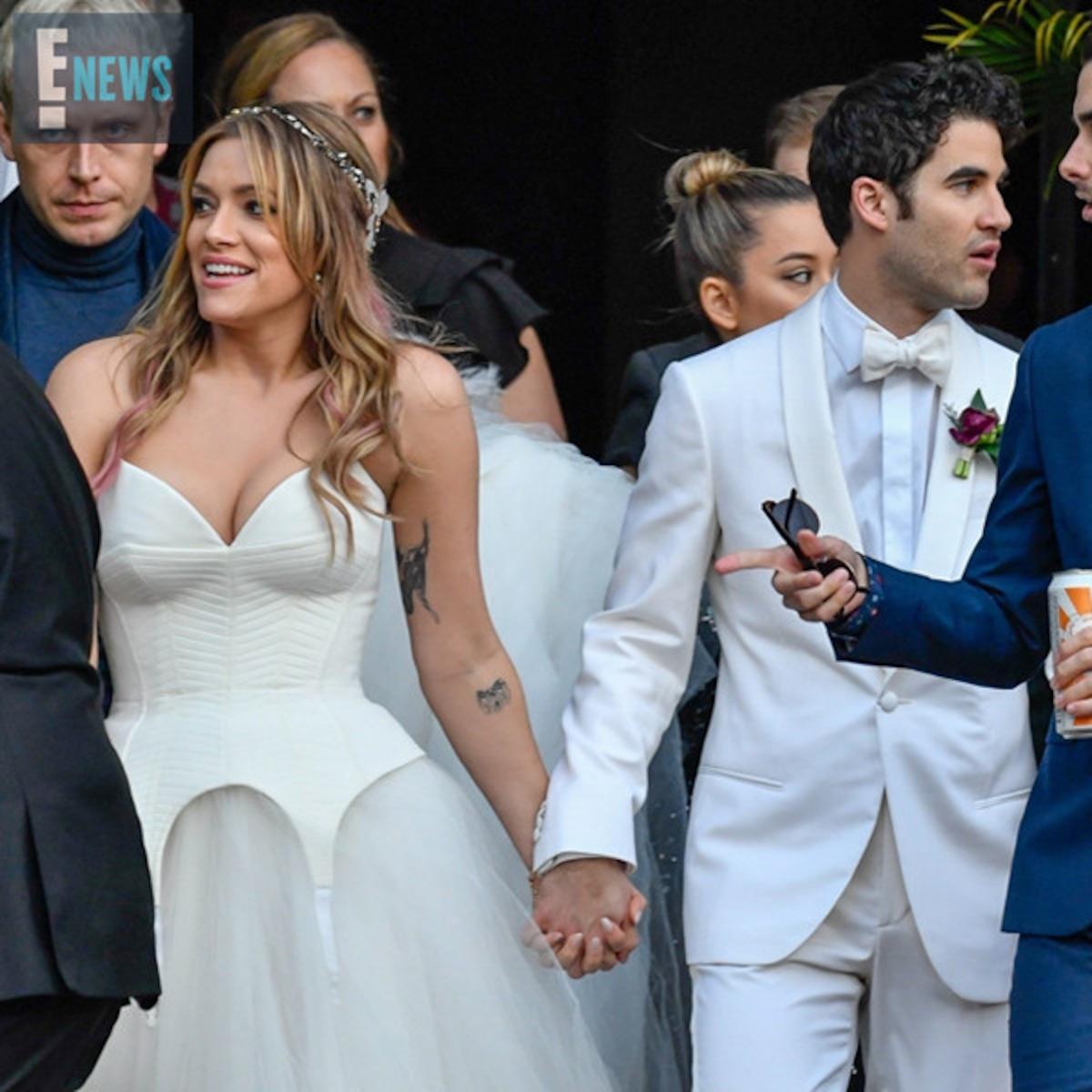 Darren Criss Marries Longtime Girlfriend Mia Swier E Online