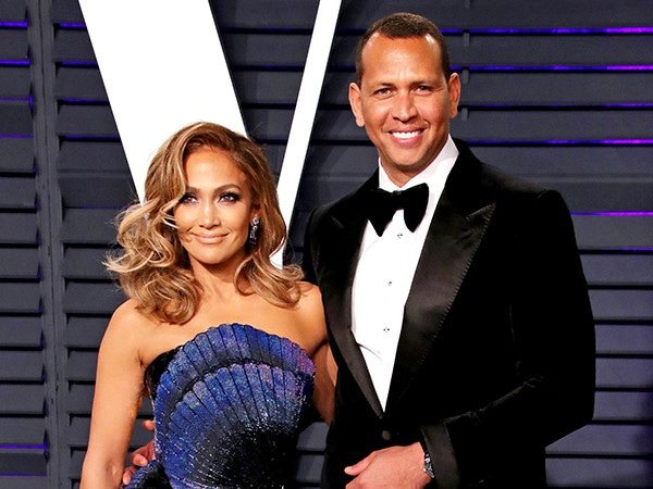 From J.Lo's Engagement Ring to a Royal Baby: The Most Memorable Social Media Posts of 2019