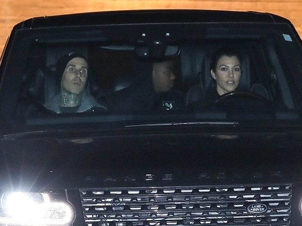 Kourtney Kardashian and Travis Barker Enjoy a Night Out in Malibu