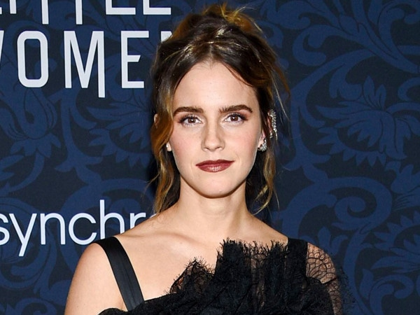 Emma Watson is Setting a New Fashion Trend at the <i>Little Women</i> World Premiere