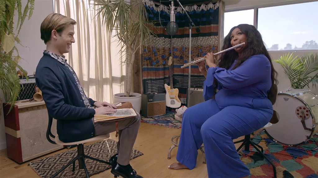 Hollywood Medium With Tyler Henry 402, Lizzo