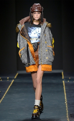 Kaia Gerber, Versace, Milan Fashion Week