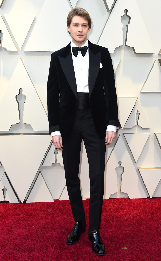 Joe Alwyn, 2019 Oscars, 2019 Academy Awards, Red Carpet Fashions