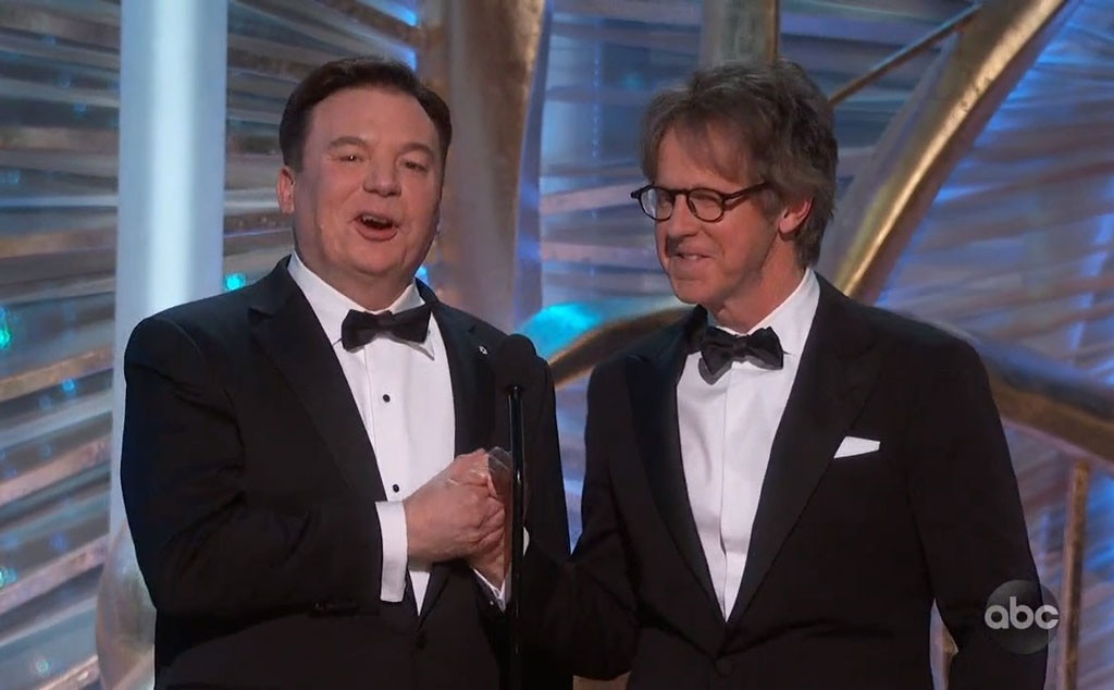 Mike Myers and Dana Carvey Have Wayne's World Reunion at Oscars