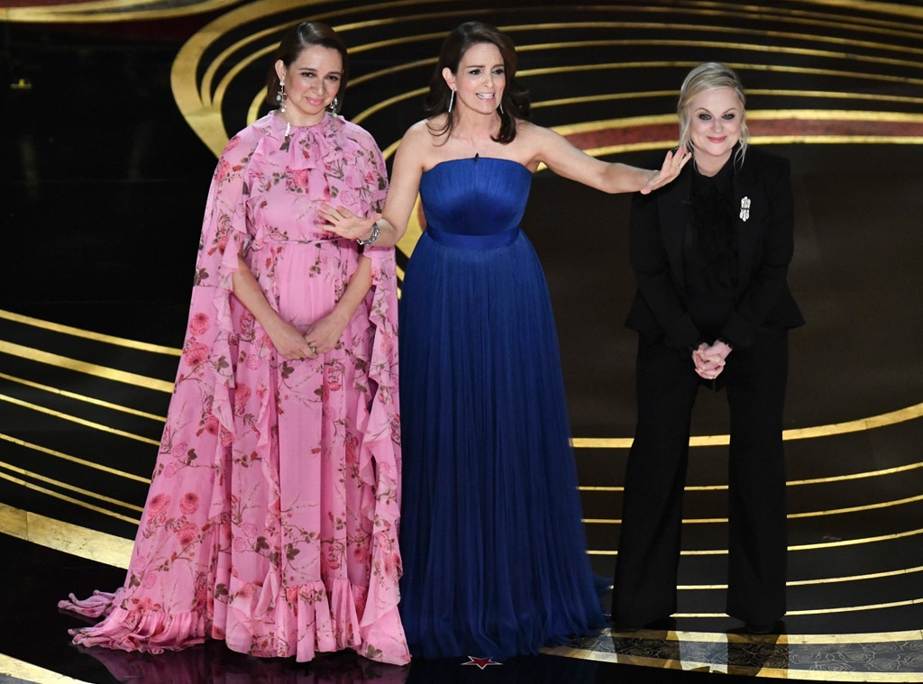 Tina Fey, Amy Poehler, & Maya Rudolph Hilariously Open the Oscars 2019