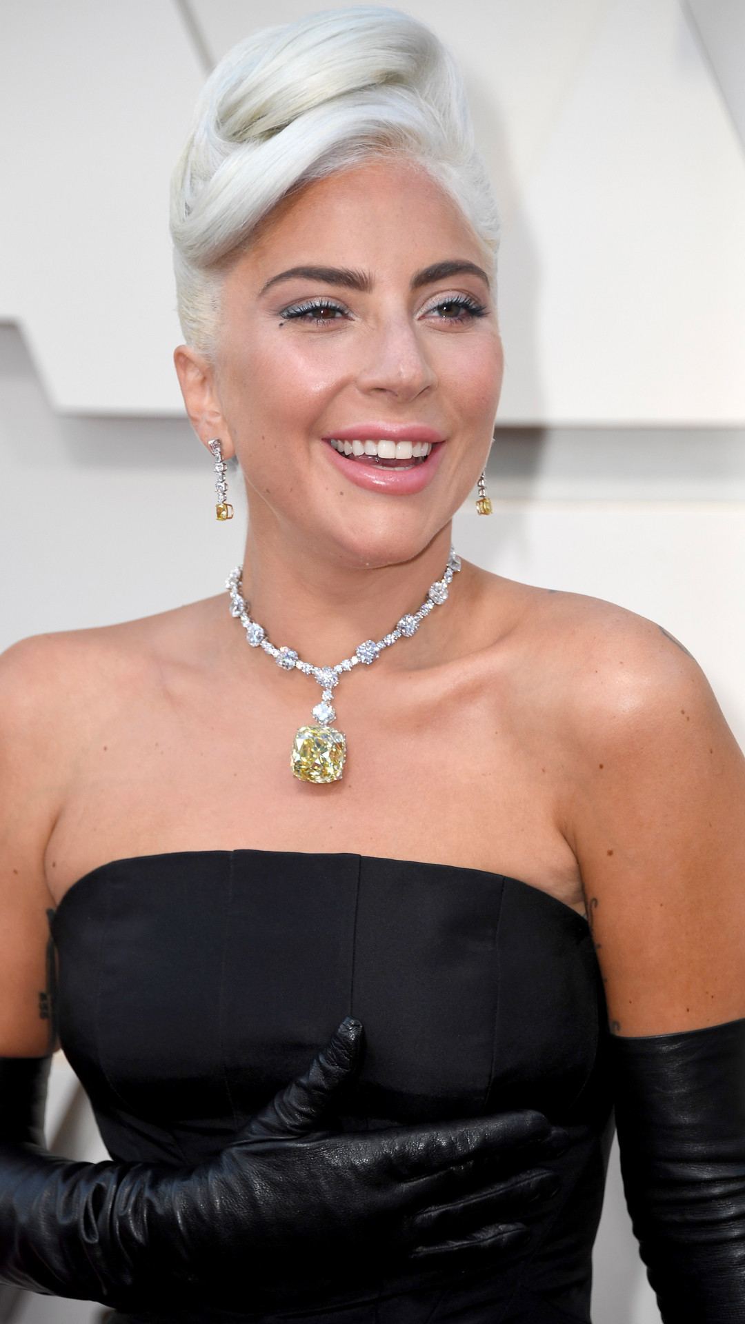Lady Gaga, 2019 Oscars, 2019 Academy Awards, Best Accessories