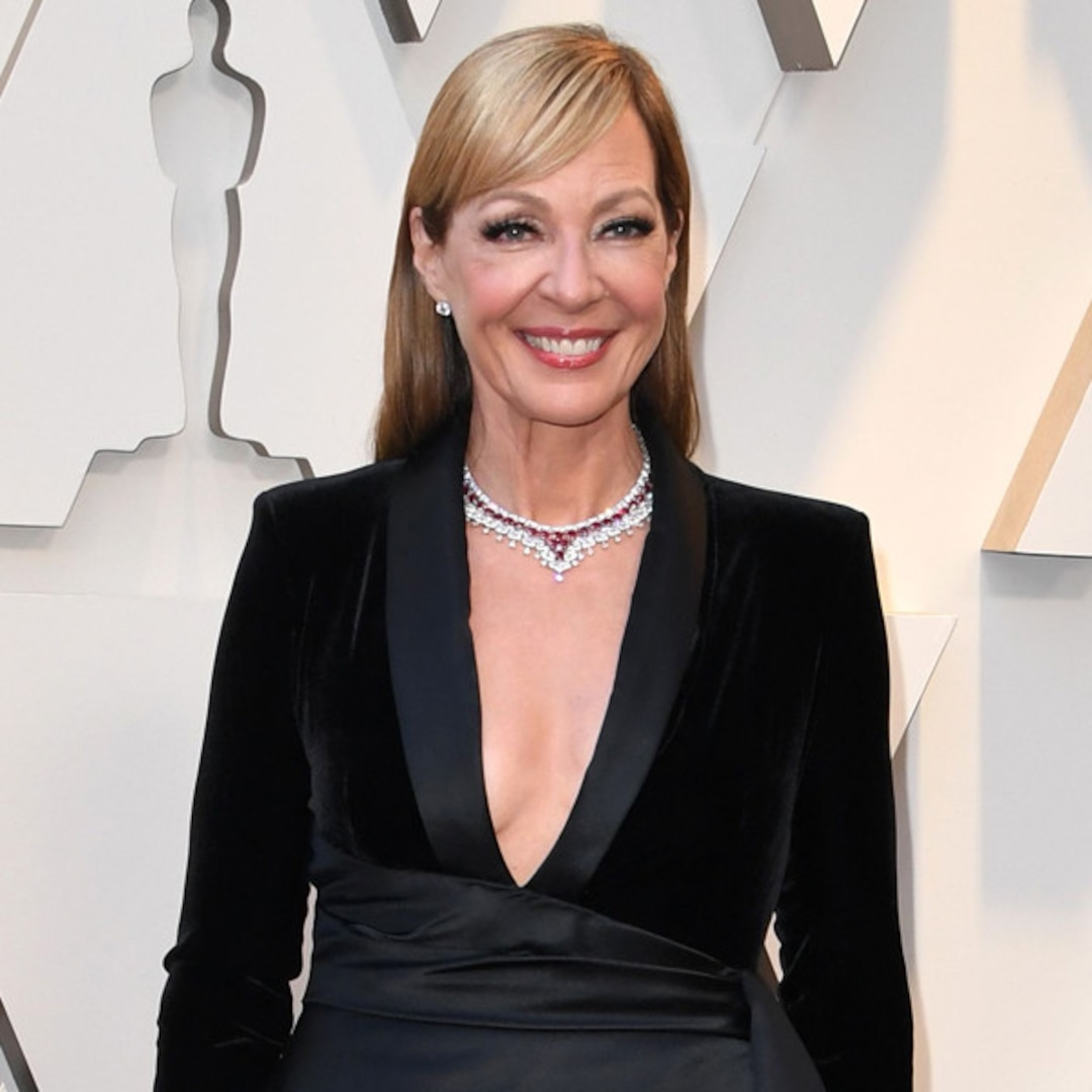 Allison Janney Recalls Epic Hair-Extension Fail While Flirting With a New Guy, and We're Traumatized – E! Online