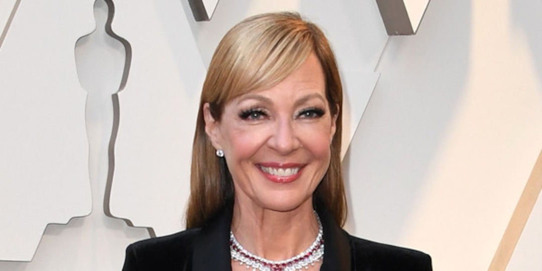 Allison Janney Says Co-Star Made Her Put Neosporin on Lips Pre-Kiss - E! Online - AP