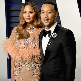 Chrissy Teigen and John Legend Are All Smiles at the Vanity Fair Oscars After Party