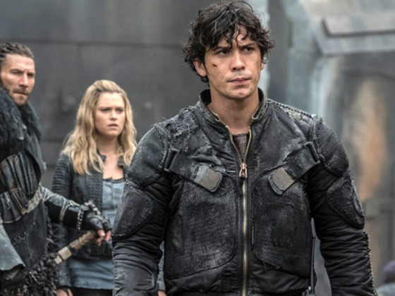 How the Cast of <i>The 100</i> Reacted to Their Cool, Complicated New Planet
