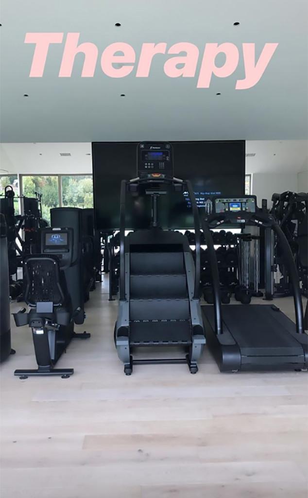 Khloe Kardashian, Gym, Instagram