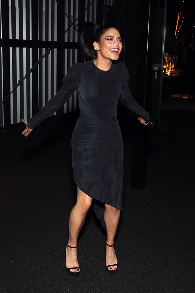 Vanessa Hudgens -  The actress is all smiles at theat theDIRECTV Super Saturday Night 2019 Super Bowl party.
