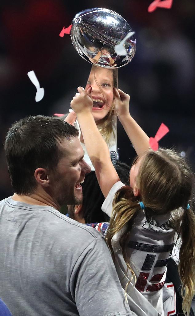 Tom Brady, Vivian Lake Brady, Super Bowl, Trophy
