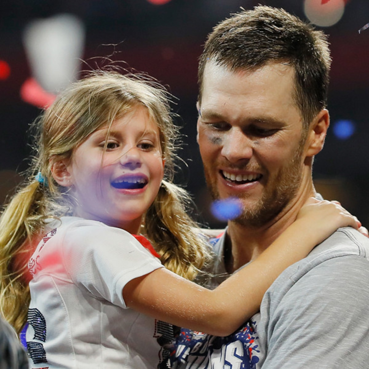 Tom Brady Reveals How He Motivates His Kids To Stay Healthy E Online