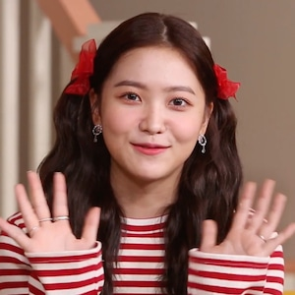 Yeri, Red Velvet, Trolls MV