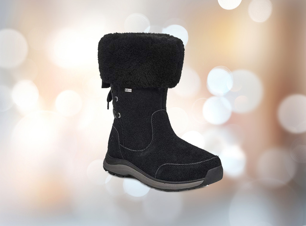 9410f7a26c3 This Pair of Uggs Is 40% Off Right Now | E! News UK