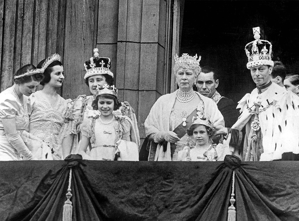King George VI Coronation, Elizabeth Bowes-Lyon, Princess Elizabeth, Mary of England, Princess Margaret