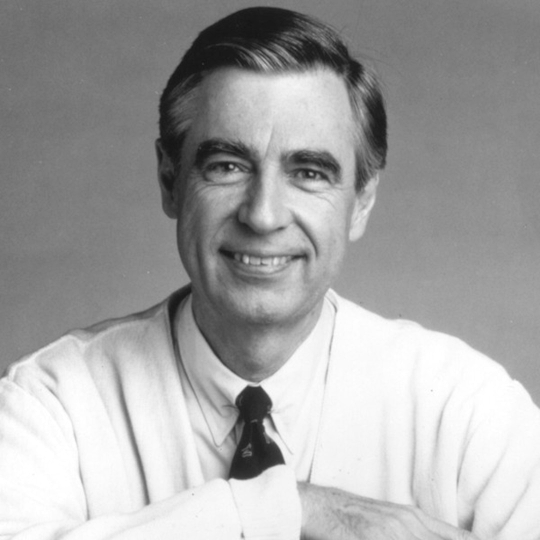 How Mister Rogers Life Of Quiet Grace Turned Him Into An Unlikely Pop Culture Hero 16 Years After His Death E Online Ca