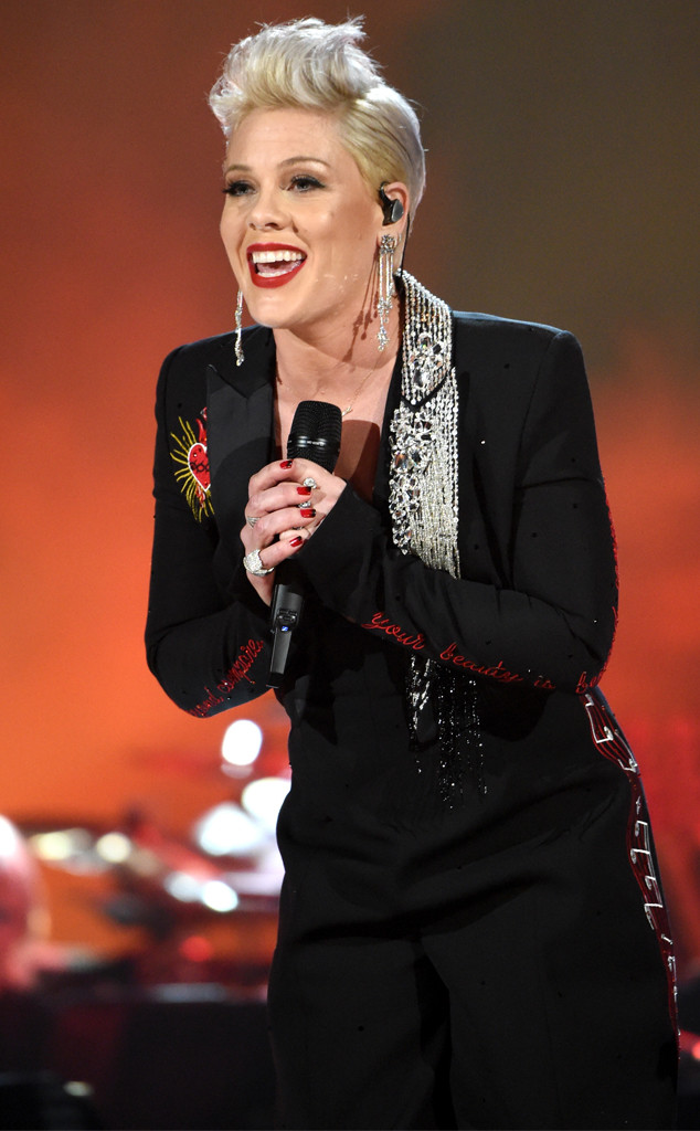 MusiCares honoring Dolly Parton, Pink
