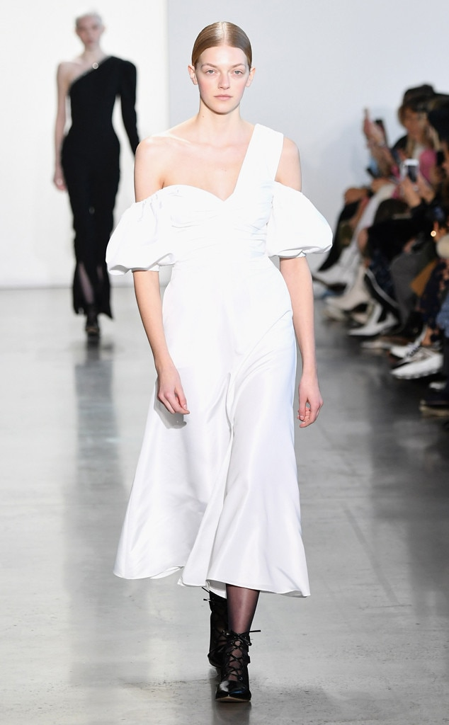 Self-Portrait Fashion Show, New York Fashion Week, Model