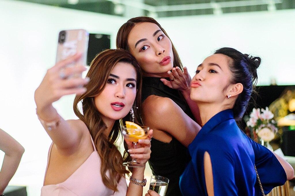 Janeena Chan, Nana Law, Karisa Sukamto, Inside The Be Pop Cultured Party