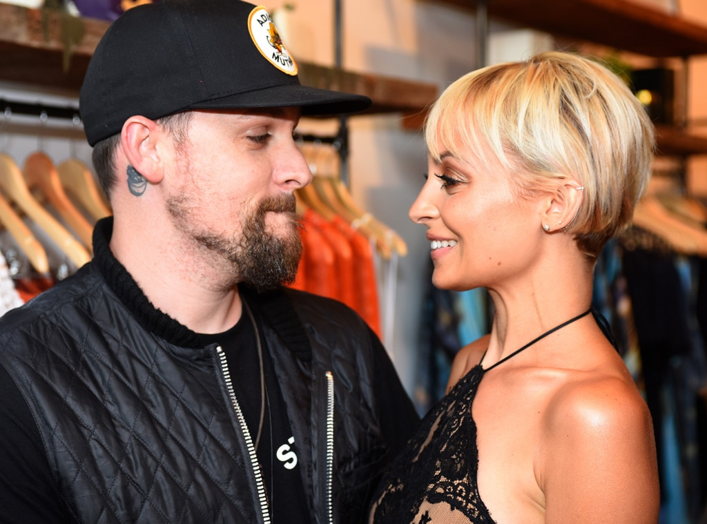 """When you look me in the eyes -  The """"Anthem"""" singer and his wife share a loving look at the """"Candidly Nicole"""" Season 2 premiere in 2017."""