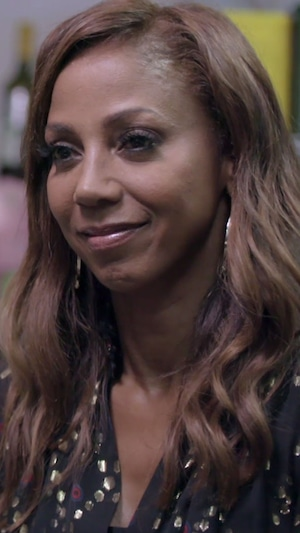 Holly Robinson Peete, Hollywood Medium 404