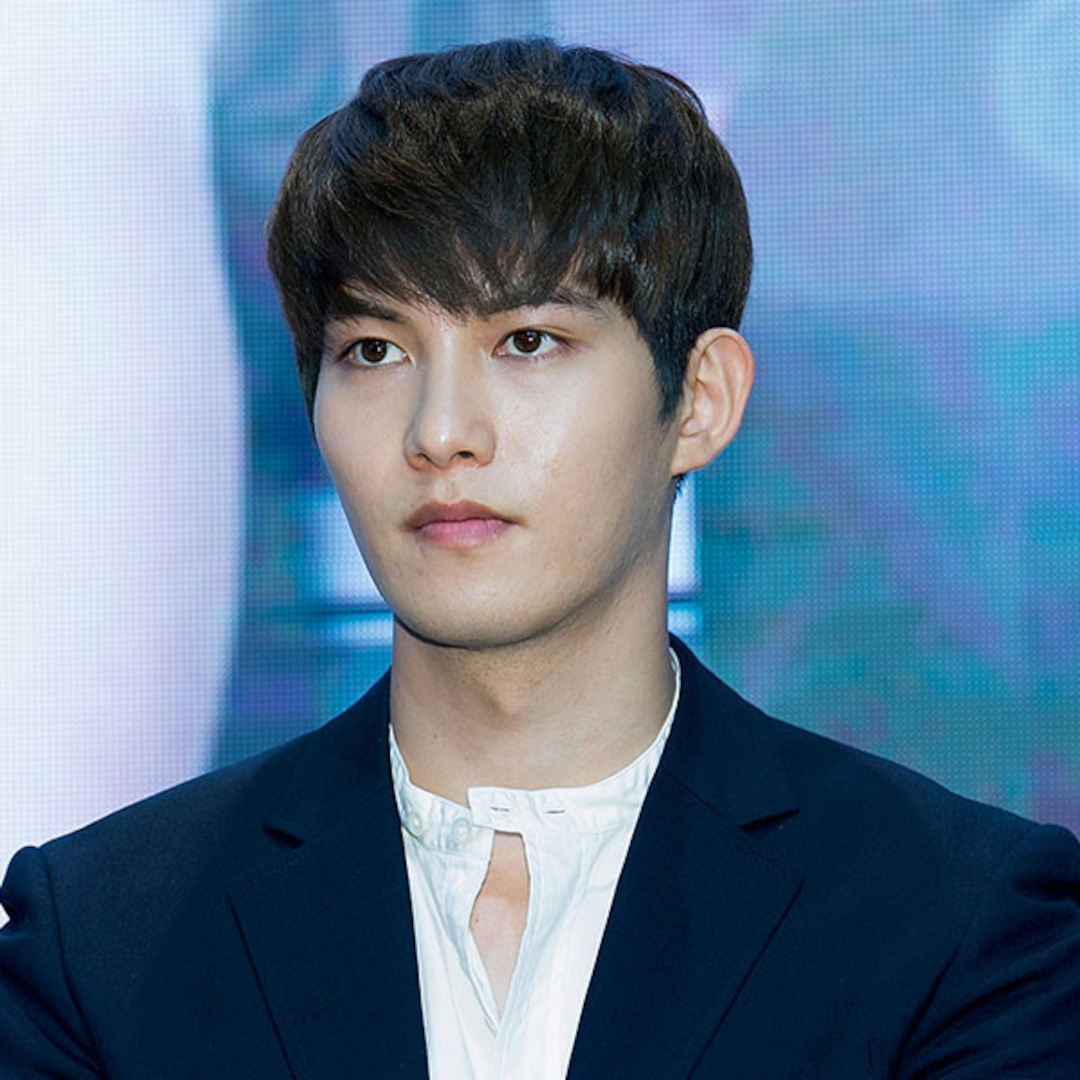 """CNBLUE's Lee Jong-Hyun Reportedly Entangled In """"Secret"""