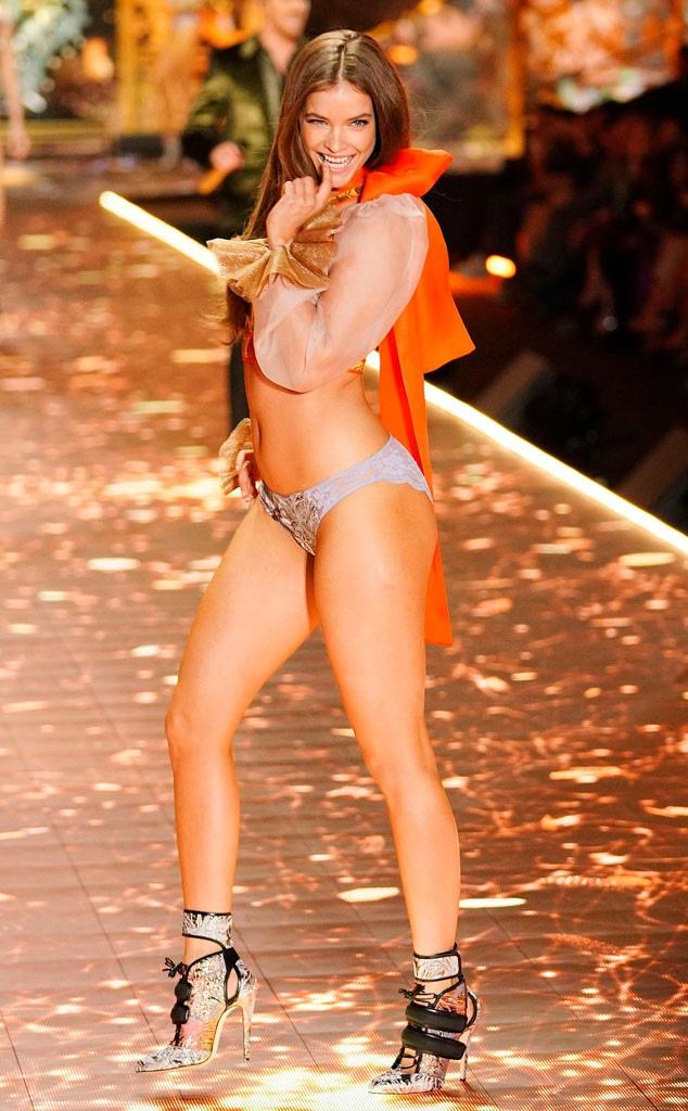 Barbara Palvin, 2018 Victorias Secret Fashion Show